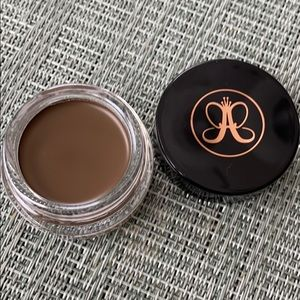 NEW Anastasia dipbrow pomade in SOFT BROWN!